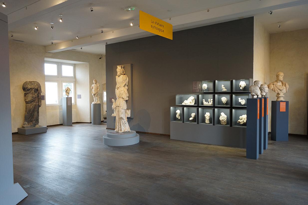 muséographie, scénographie, agencement, design d'espace, aménagement, rénovation, musée Saint-Raymond, Toulouse, vitrine, statuaire mythologique