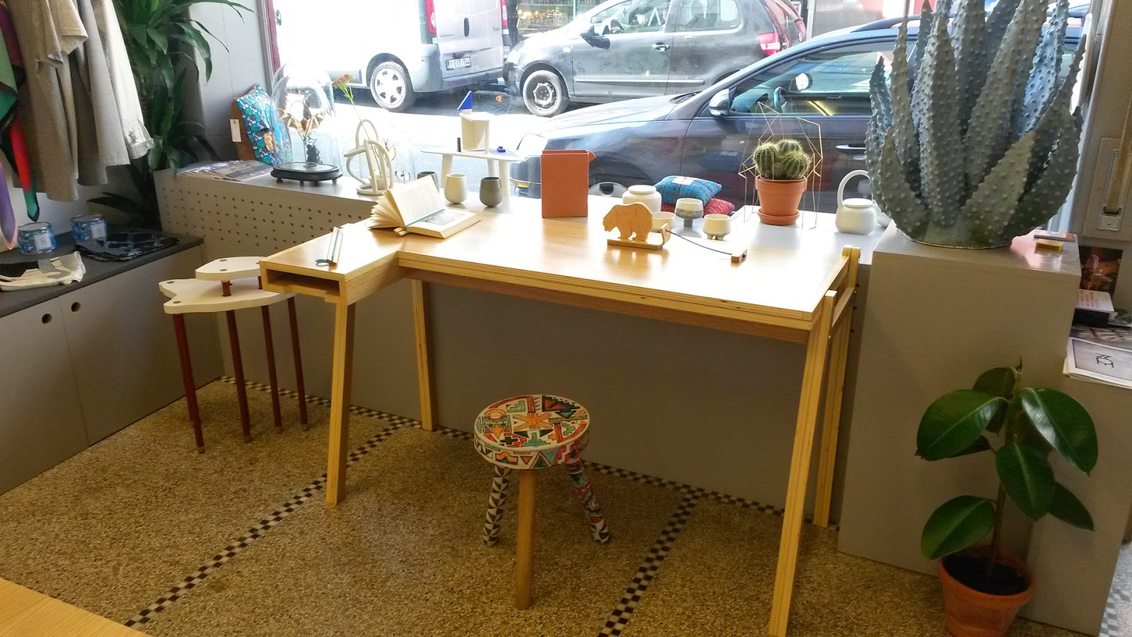 Superstrat, concept store à Bruxelles expose les produits d'Emilie Cazin